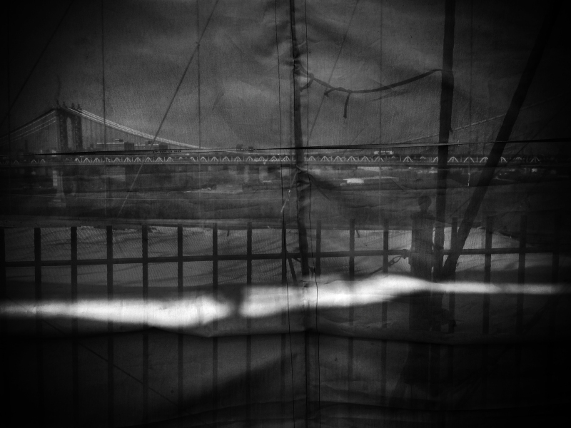 brooklyn bridge curtain BW